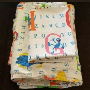 💰⬇ Vintage 90's Sesame Street twin sheet set